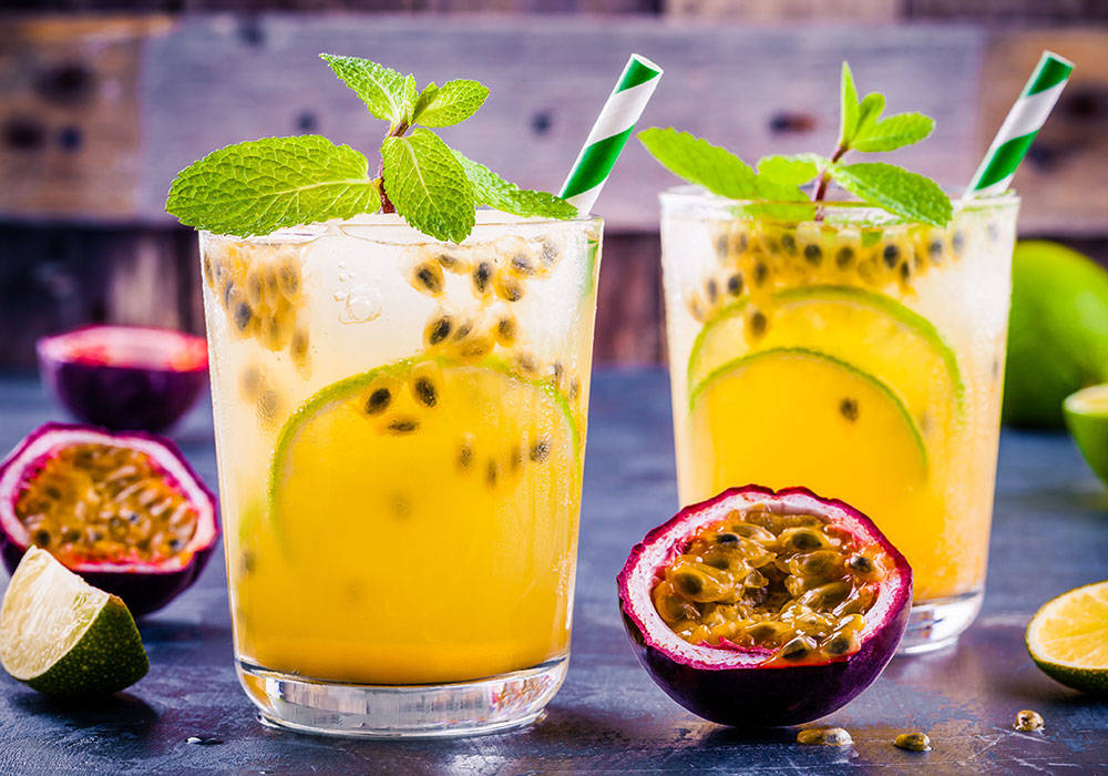 Koktajl z marakują, limonką i cukrem kokosowym house of asia