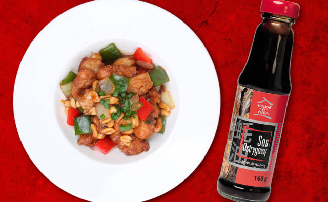 Kurczak z orzechami po chińsku House of Asia