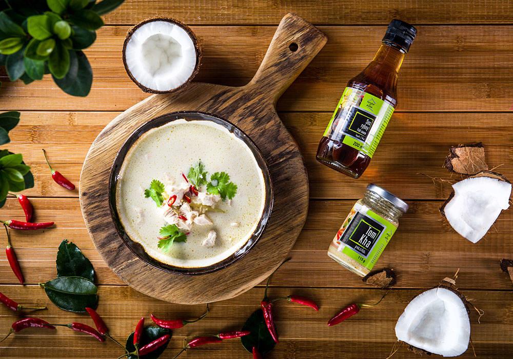 Zupa Tom Kha z kurczakiem house of asia