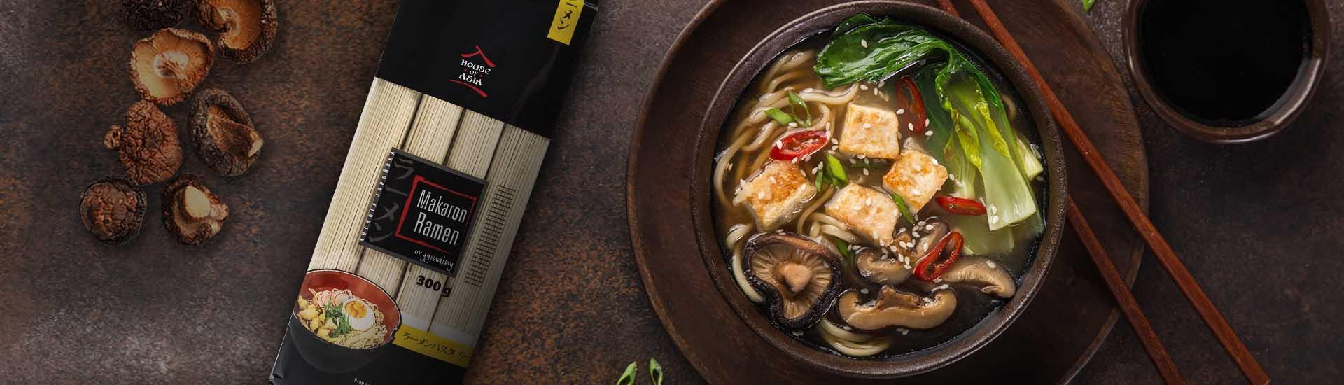 Ramen z tofu i grzybami shiitake