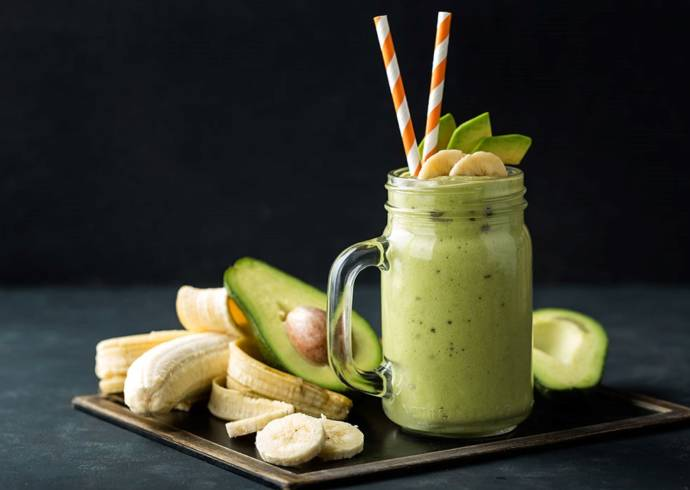 Smoothie kokosowe z kiwi, bananem i awokado House of Asia