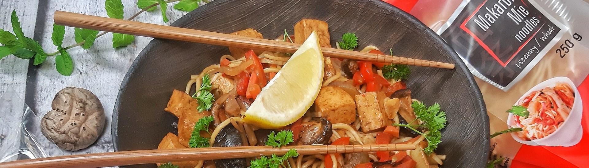 Makaron smażony z warzywami Mateusz Krojenka przepis