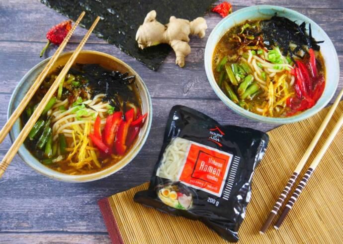 Ramen miso z warzywami i nori Chef Lorek ouse of Asia