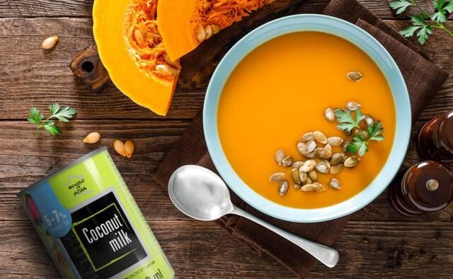 Zupa dyniowa z żółtym curry i mleczkiem kokosowym House of Asia