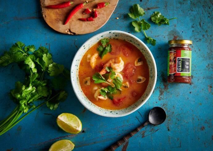 Zupa Tajska Tom Yum z krewetkami i pieczarkami House of Asia